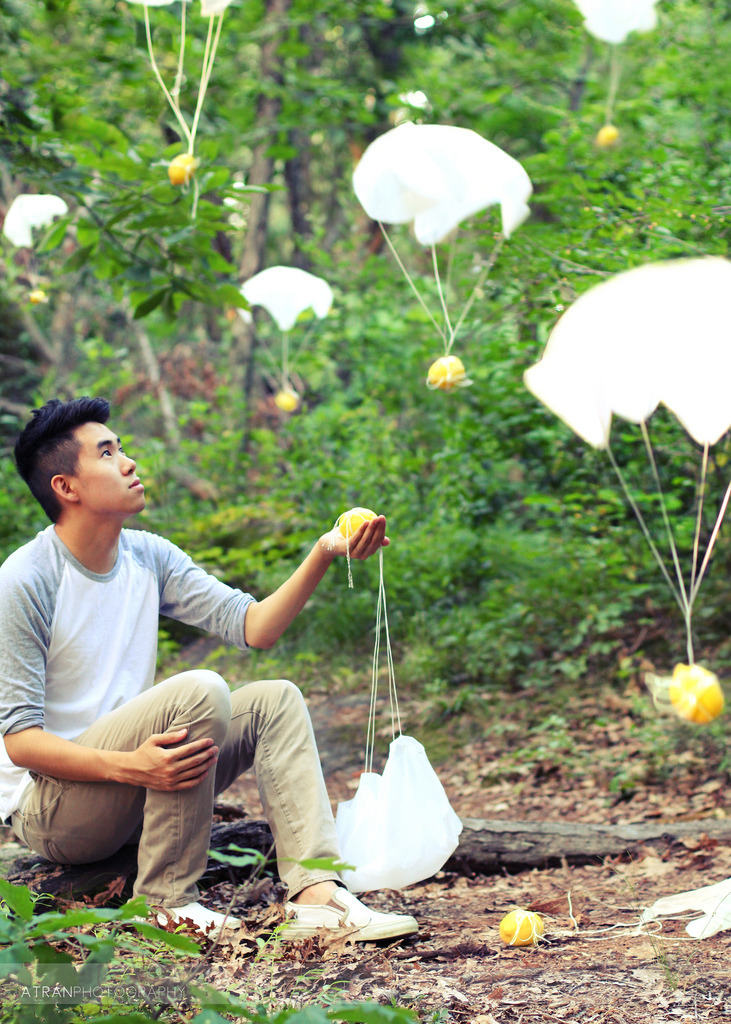 Floating Fridays: When Life Gives You Lemons… on Flickr. Via Flickr: Inspired by this (and the Hunger Games haha) What's the meaning of this quote? To me it means life has a lot to offer. It's up to us to take up on these offers, take some chances, and make our lives worthwhile.