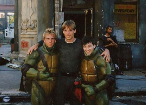 fuckyeahbehindthescenes:  The four actors who play the turtles each make cameos outside of their suits. Teenage Mutant Ninja Turtles (1990)  For Sarah. :)