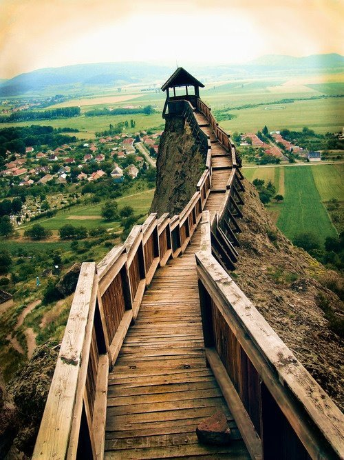 Mountain Lookout, Boldogkovaralja, Hungary  Photo by Wojciechkulasa