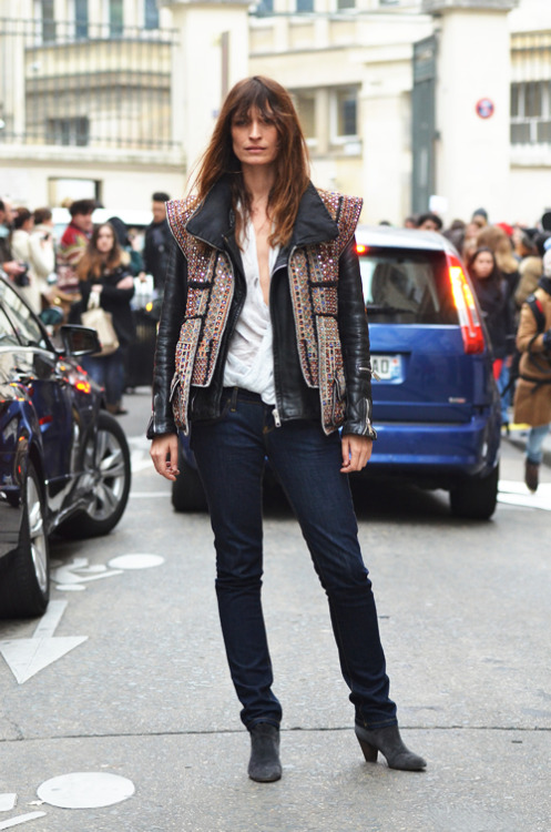carolinedemaigret:  Love this pic, Thank you Tommy Ton! Isabel Marant jacket, vintage perfecto and Lee Jeans, Maje boots