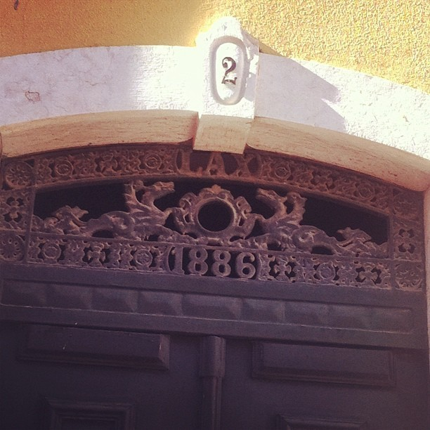 #1886 #artnouveau #architecture #doors #lisboa #lisbon  (Taken with Instagram at Chapitô)