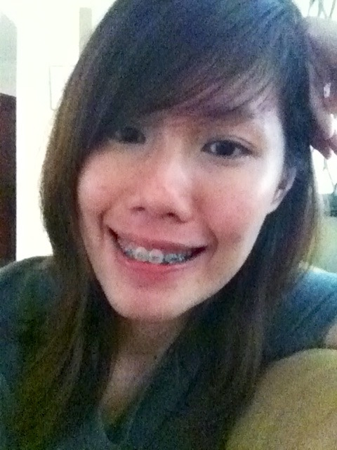 sleepy afternoon..  anyhow chose green colour for braces (always thought not very nice) then mumbled to the dentist that the teeth are not moving (which i never did) so he spent an hour (usually 10mins) pulling things out and replanting them twice (super tedious on my mouth and i salivate a lot) which lasted so long i kept almost dozing off.   woo everything's neat and tight now. think i can eat? :)
