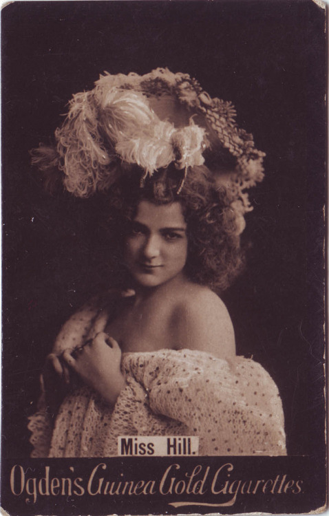 mudwerks:  HILL, Miss_Ogden's Guinea Gold Cigrettes (by Performing Arts / Artes Escénicas)