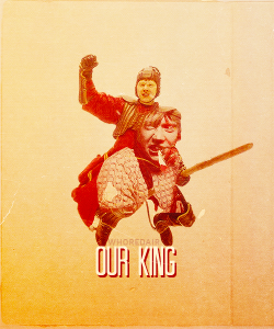 whoredair:  Weasley is our king.