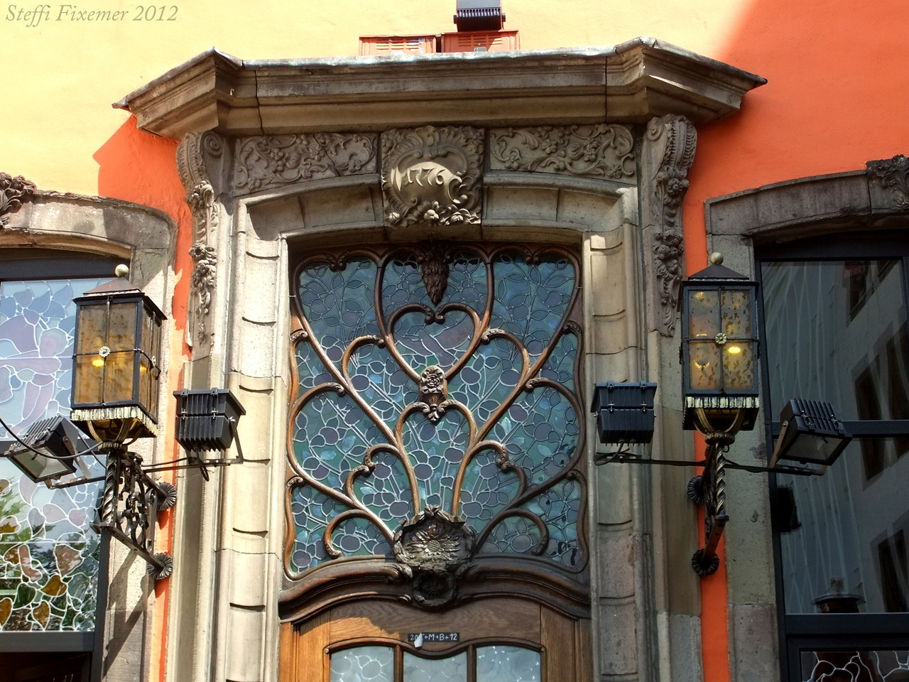 frosch0607:  Restaurant door in Cologne.