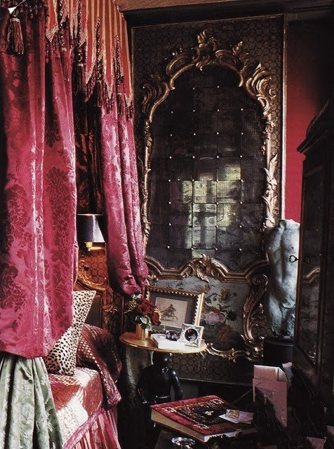 rich damask bed and pieced mirror (source anyone?)