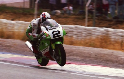 air time …Alex Vieira, Kawasaki France ZXR-750R, 1992 French Superbike Championship, Paul Ricard round
