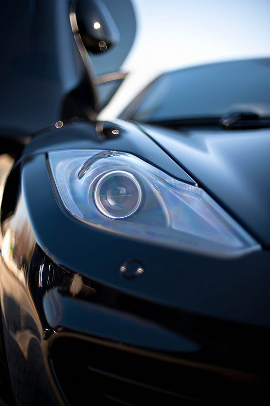 datcarblog:  6speedhaven:  MP4-12C  Projector Headlight »»