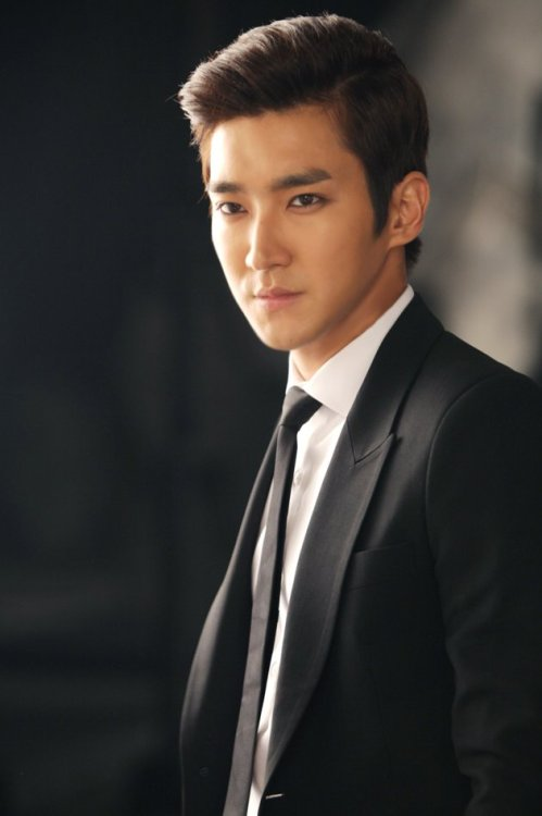 fuckyeahchoisiwon:  120713 Yahoo Exclusive Interview  cr: Yahoo! | fr: showsu