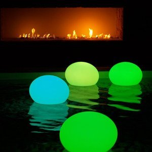 Glow sticks + balloons = floating lanterns  We love this…even if it's been around the block a few times.