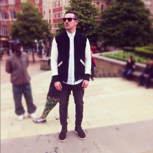 ejder-for-life:  #todayimbussin #visvim varsity + #animal s/s shirt + #uniqlo #tailored #jeans + #visvimvirgil boots + #wtaps #belt + #rayban #sunglasses  (Taken with Instagram)
