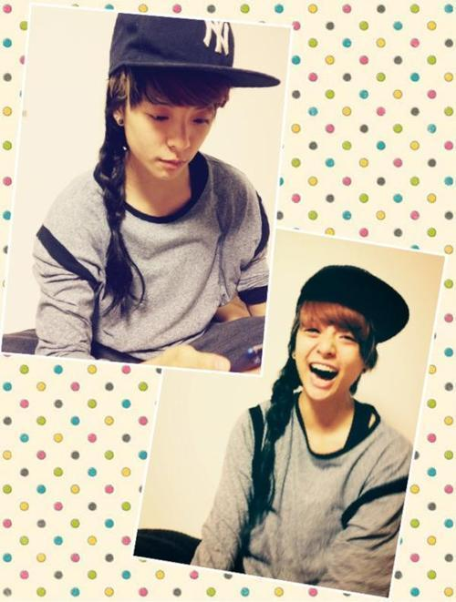 "f(x)'s Amber Stunning in Long Hairdo  Many fans usually know f(x)'s Amber for her distinctive look. However, her recent selcas proved that the idol looks just as stunning with a long hairdo! The idol tweeted the picture on July 12th, adding: ""thanks for the make over u guy…."" The message was later found to be directed at miss A's Fei, Min, and Jia who are known to be some of Amber's closest friends. Amber is smiling playfully with a side-braid hair piece placed neatly on her left shoulder, giving off a cute and girly feel as compared to her tomboy image. ""This is the first time I've ever seen you with long hair, you should definitely grow it out!"" comments one fan, ""You look so pretty, you can definitely pull it off Amber."" Meanwhile, f(x) will be concluding their promotions for Electric Shock this week to ready their Japanese debut, expected to take place during the second half of the year."