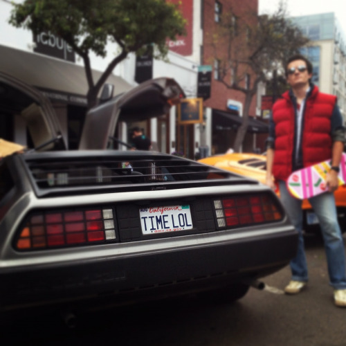 befictious:  THE best delorean vanity plate ever. @deloreanz