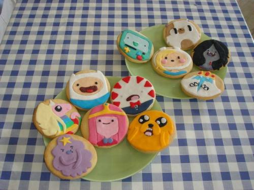 electrodash:  Adventure Time cookie set by @saralala
