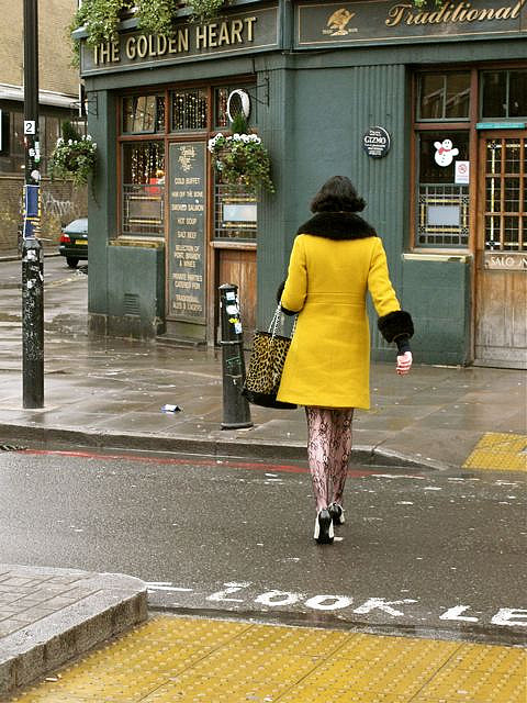 The misterious woman in yellow ! by Pierre Mallien on Flickr.Bishopsgate, London, England, GB