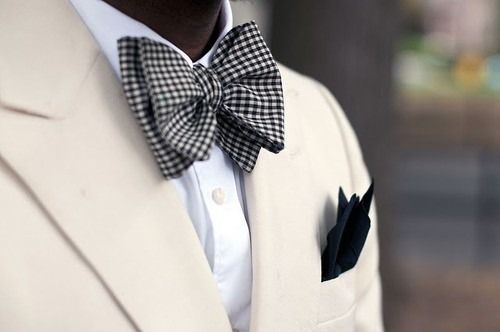 Bow Ties. Forth Circle.