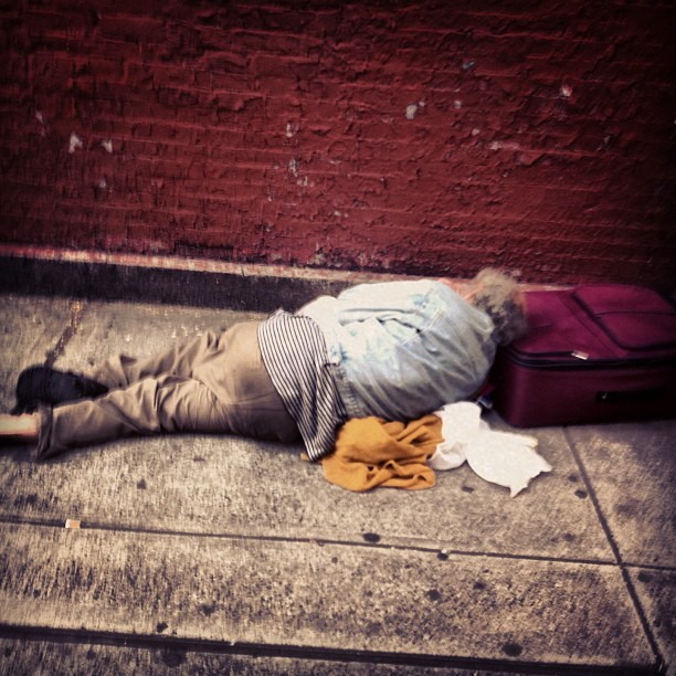 #nyc #bum #struggle #hardtimes #sleeping #downandout #bestpic #picoftheday #nycexposed #instagood #instabum #instagram #harsh #life #needmoney #hungry  (Taken with Instagram at upper eastside)