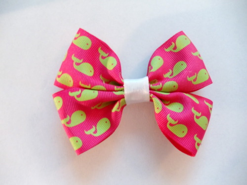 Vineyard Vines Inspired Bow Buy it here!!