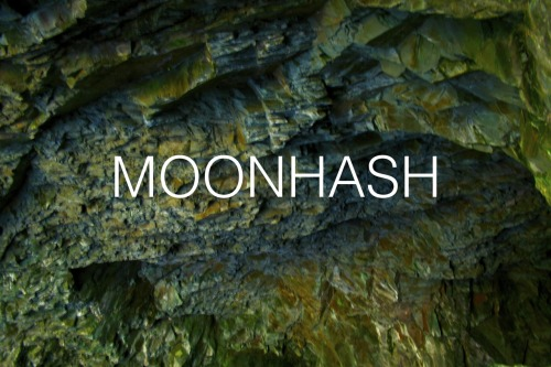 MooooooooonHash - Cave with lots os saturation