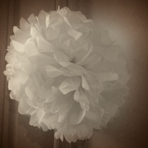 I just made my very first pompom! Now I just need to find a way to hang it up in my room…