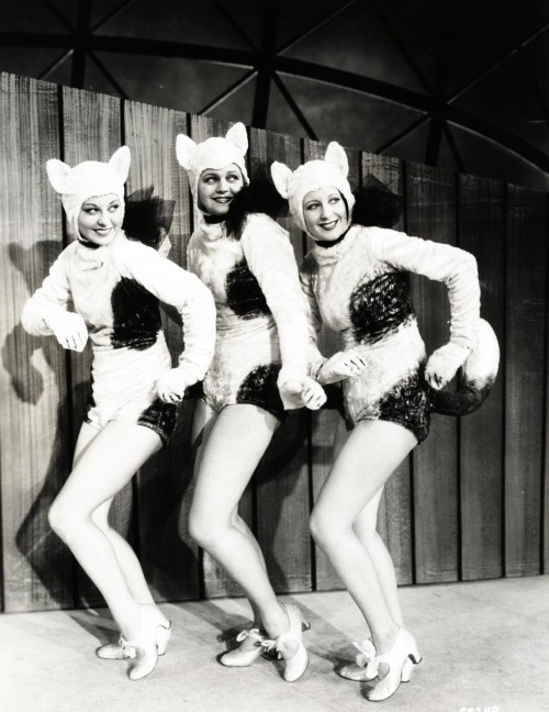 Dancers in Footlight Parade (1933)