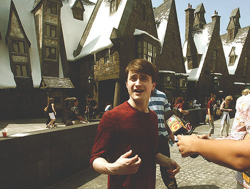 radar-s:  radar-s:  A vintage Daniel Radcliffe post. My life is complete.  Bringing this back casually    vintage post but who the fuck cares
