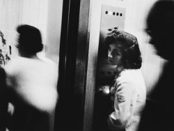 anothereview:  Robert Frank Elevator girl, 1955