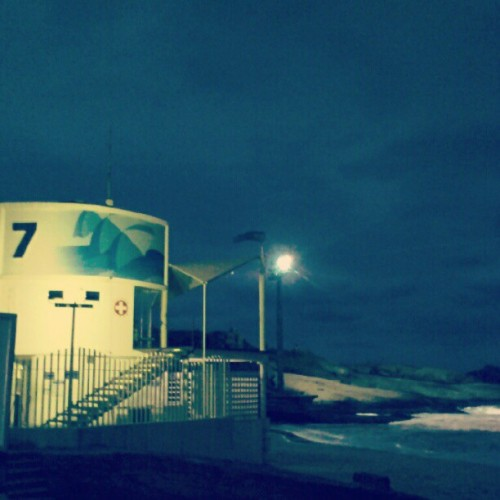 #Posto7 #Ipanema #Praia #beach #rio #night  (Publicado com o Instagram)