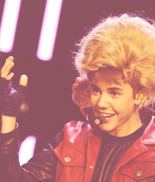 fifty favorite justin bieber photos→49