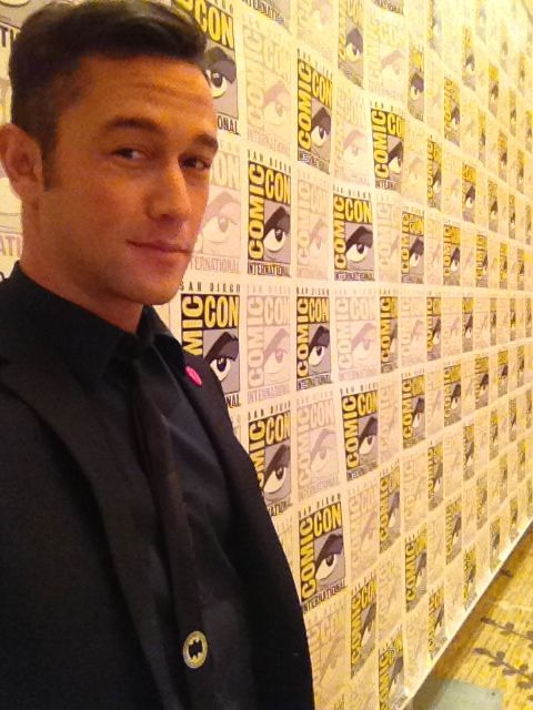 hitrecordjoe:  ComicCon  wish I were there!