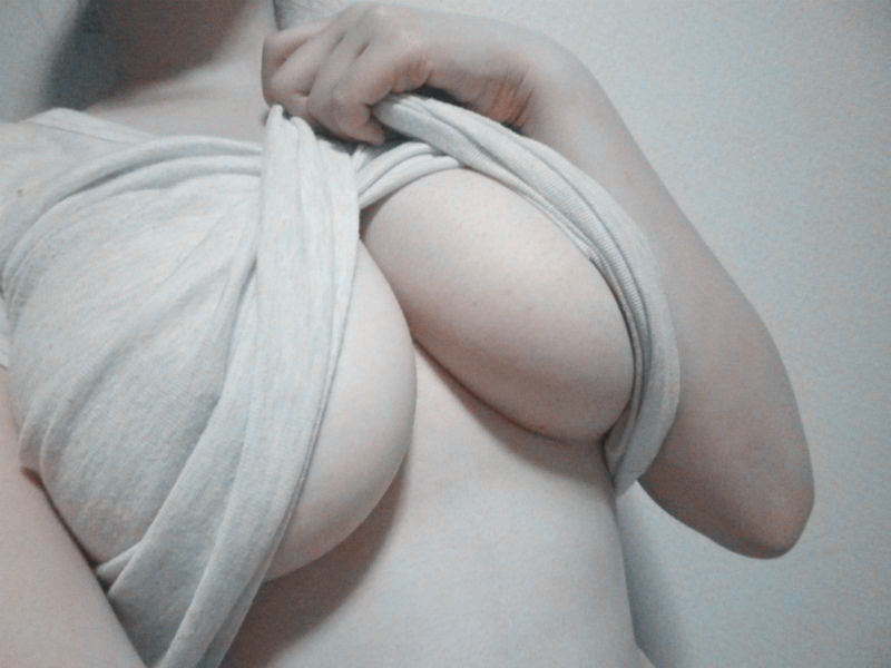 aroramunroe:  orthodox—:  twice—patched:  I wish i had boobs..