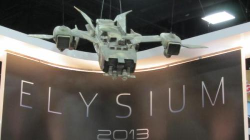 Elysium spaceship hovering over Comic-Con Exhibition Hall Photo from @Totalfilm