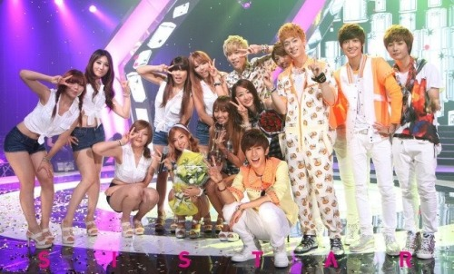 fyeahjoyoungmin:  120713 Boyfriend and Sistar at Music Bank. cr: Sistar's Fancafe via: @Kissdonghyun.