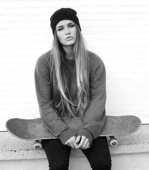 Skate on Pinterest | Skater Girls, Skate Girl and Skater ...