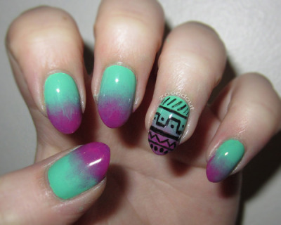 Pretty gradient + tribal pattern nails (via Zoe F. | Beautylish)