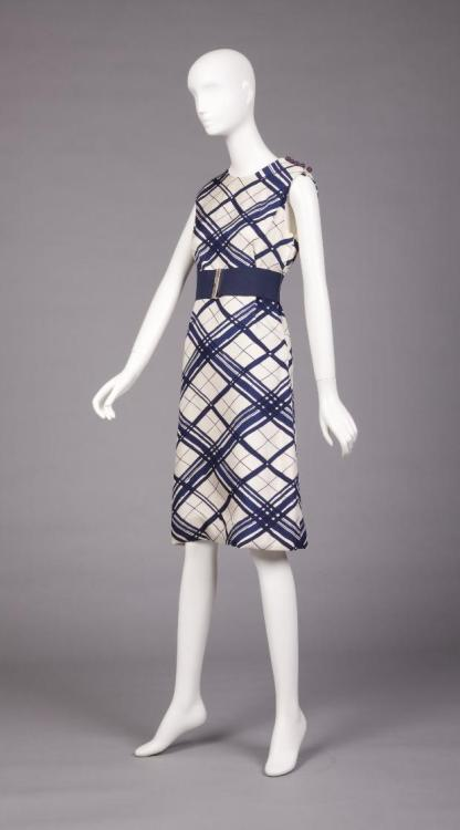 Dress Adele Simpson, 1955-1965 The Goldstein Museum of Deign