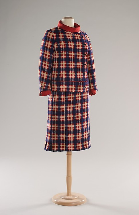 Suit Coco Chanel, 1965 The Metropolitan Museum of Art