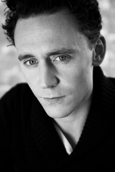 that one cardigan↳ tom hiddleston