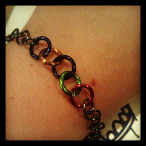 london2o12:  darknoonthirty:  Home made #olympics bracelet (Taken with Instagram)  meg mod here just wanted to show you the simple olympic ring bracelet i just made. i've been really sick and busy so sorry for the lack of did you knows, there should be more up soon. 13 days until opening ceremonies!!! i can't even begin to tell you how pumped i am! i can feel it in my bones, this one is gunna be a good one. later kids~