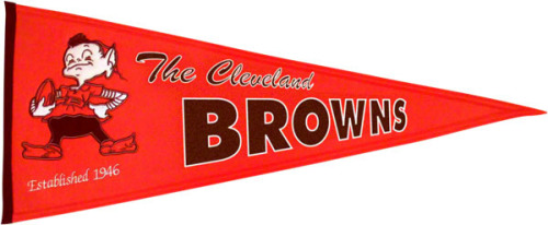 dallalicious:  The Browns would be so much better if they brought back this logo.