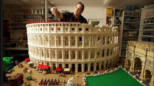 "Massive 200,000-Piece Roman Colosseum Is the Most Impressive Lego Architecture Model I've Ever Seen""Holy bricks!""  /via Gizmodo"