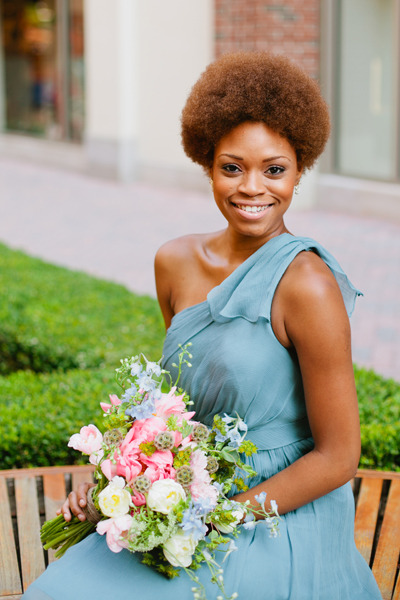 Soliel is such a beautiful woman!  Bouquet by Janie Medley Flora Design and photographed by Marvelous Things Photography!