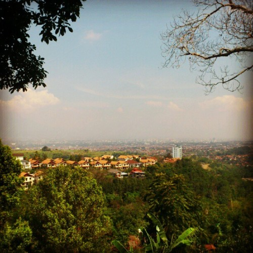City view #bandung #dago #indonesia  (Taken with Instagram at Dago Highland Resort Hotel)