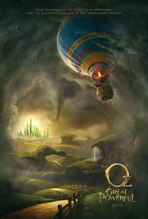 Steampunk meets fairyland fantasia in the wondrous-looking new footage from Oz the Great and Powerful, which director Sam Raimi unveiled Thursday at Comic-Con International.  Lions, and tigers, and bears. Oh YES. Read more about the new interpretation of the story of the ruby slippers on Underwire.