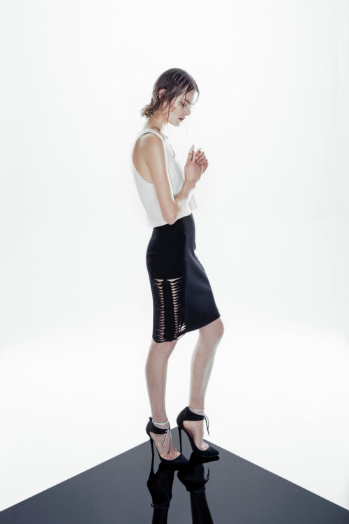 kayshacs:  source: futureclaw Dion Lee Resort 2013