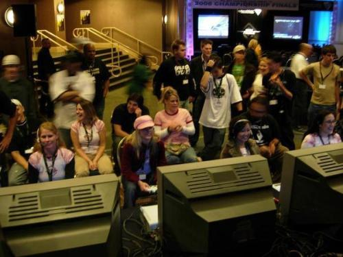realgirlsgaming:  Old School PMS Clan Pictures! Check out those TVs. =) [via]