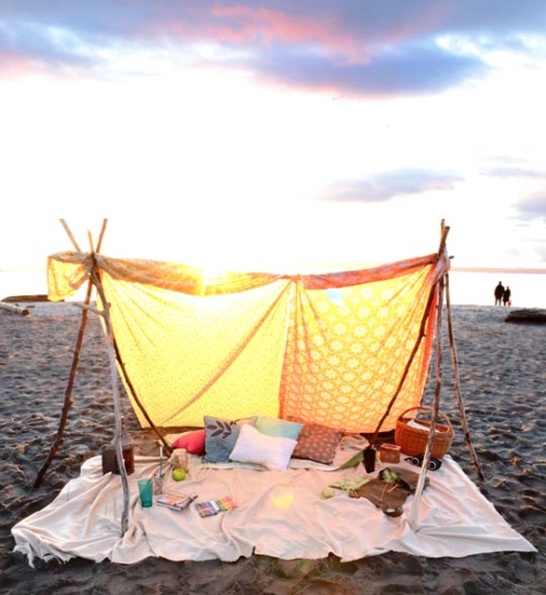 lushlily:  j-oie:  AMAZING  imagine camping here with someone special ah <3