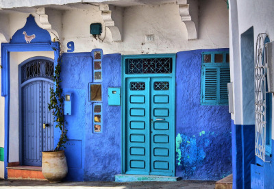 sentiment-s:  turquoisebluedreams:  ASILAH, MOROCCO  I want to go to morocco so badddddd  Field trip?