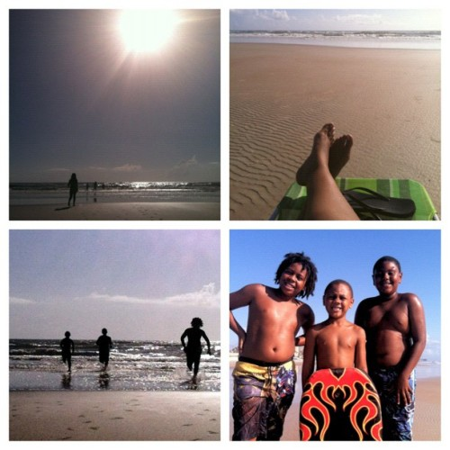 Good mornin n happy Saturday y'all!!! #daytona #beachday #kids #feets (Taken with Instagram)