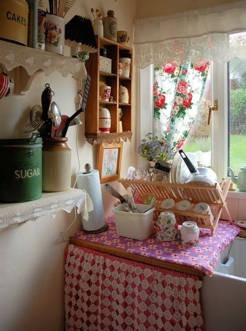 vintagehome:  (via Cottages & Homes / .)